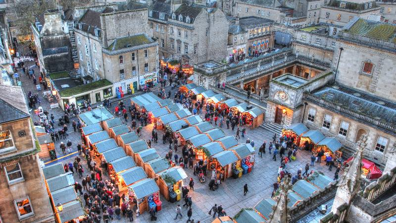 A-Christmas-market-in-Bath-Christmas-in-the-UK