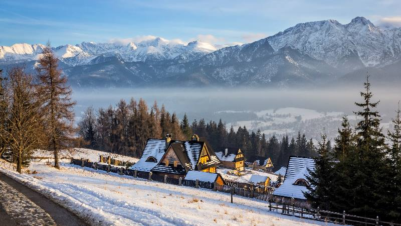 View-of-the-mountains-in-Zakopane-Poland-for-Winter