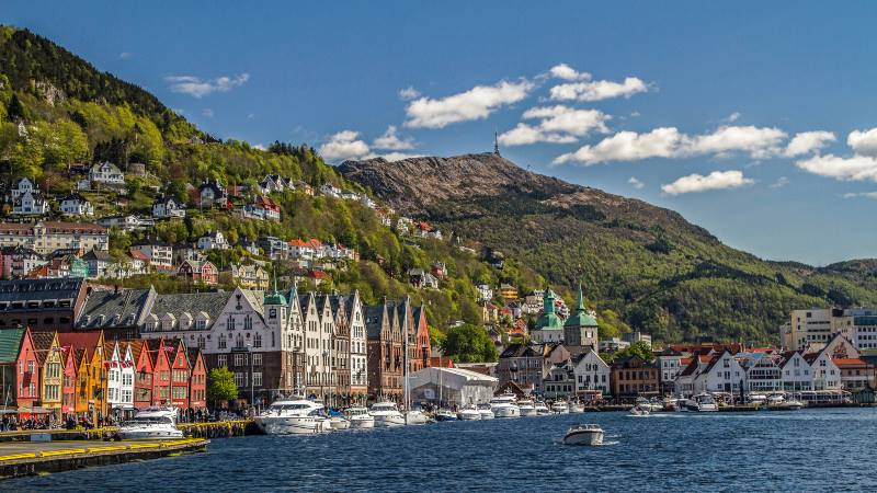 View-of-Bergen-and-his-home-mountain-Floyen