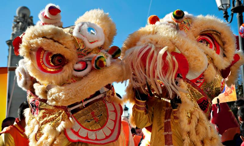 Two-Chinese-dragons-part-of-the-Chinese-New-Year