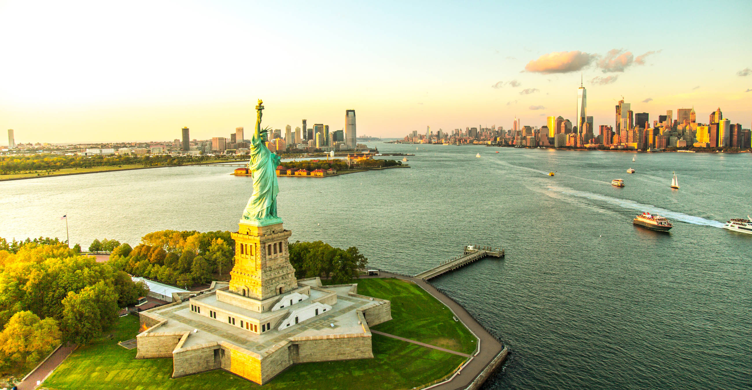 touring new york on a budget-hero