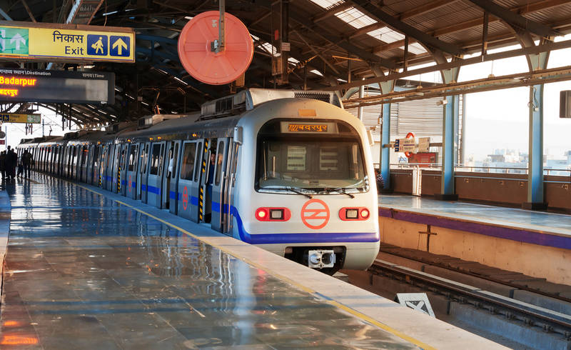 delhi do's & don'ts-first-timer's-guide-city-metro