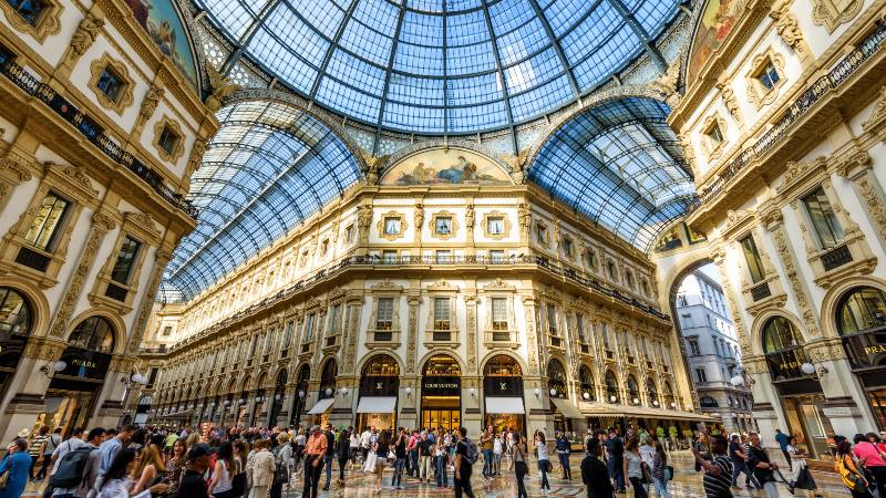 The-Galleria-Vittorio-Emanuele-II-on-the-Piazza-del-Duomo-in-central-Milan-This-gallery-is-one-of-the-world's-oldest-shopping-malls-unique-experiences-in-Milan