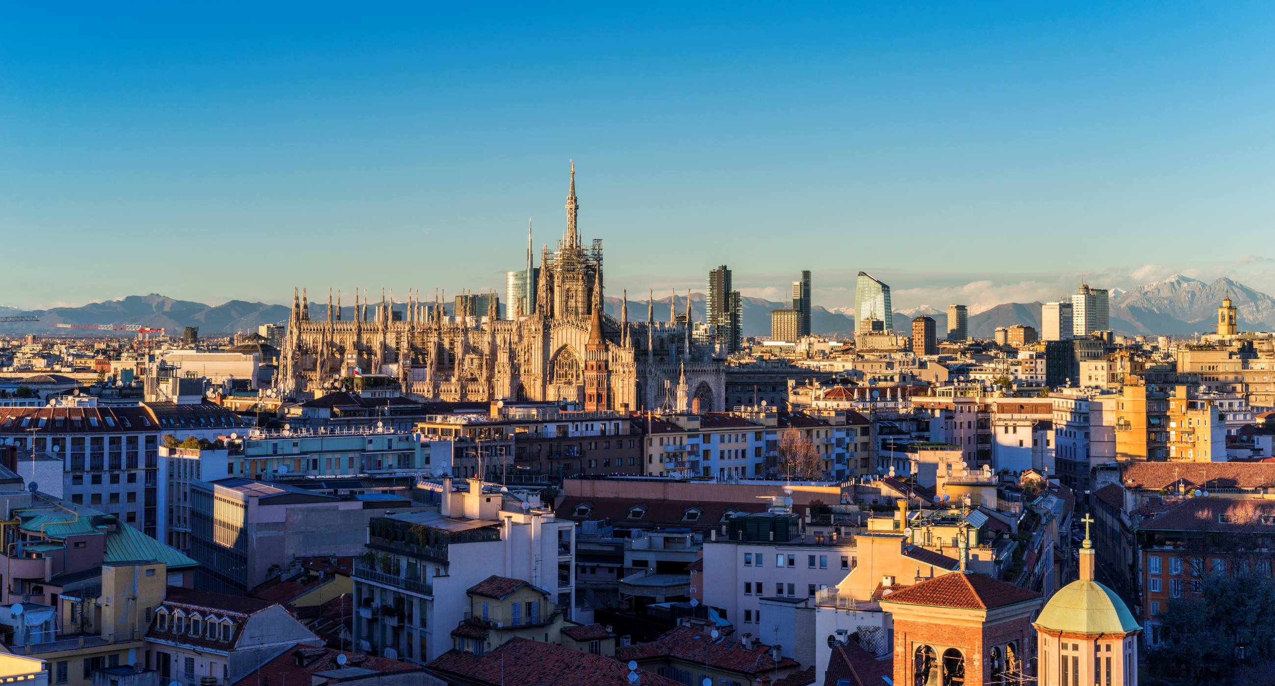View-of-the-city-centre-Unique-Experiences-You-Must-Try-in-Milan