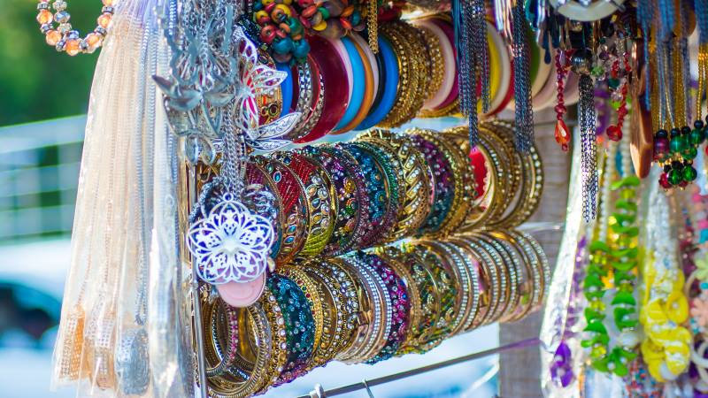 rack-of-jewellery-of-various-different-colours