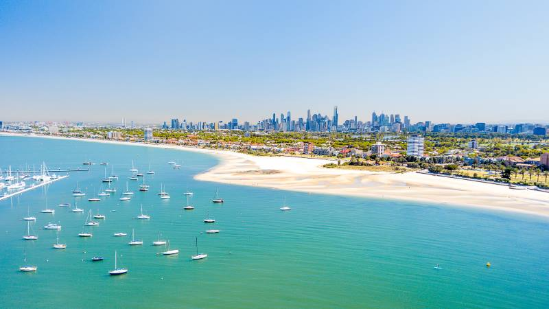 View-of-St-Kilder-beach-Melbourne-golden-sands-and-sunny-sky