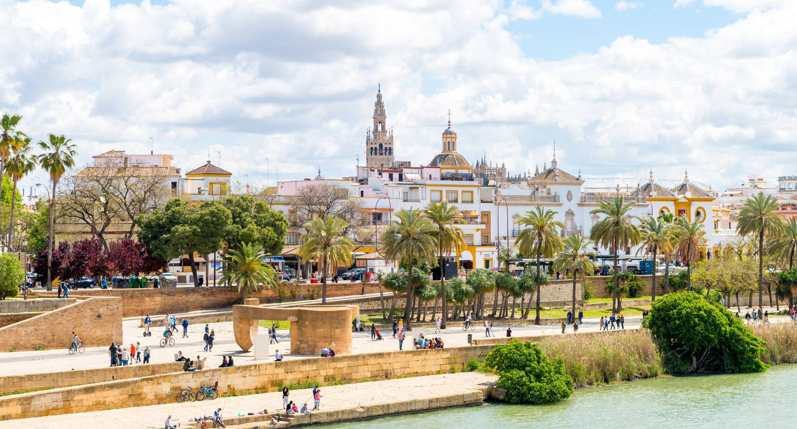 Alhambra - Things to do in Seville Spain