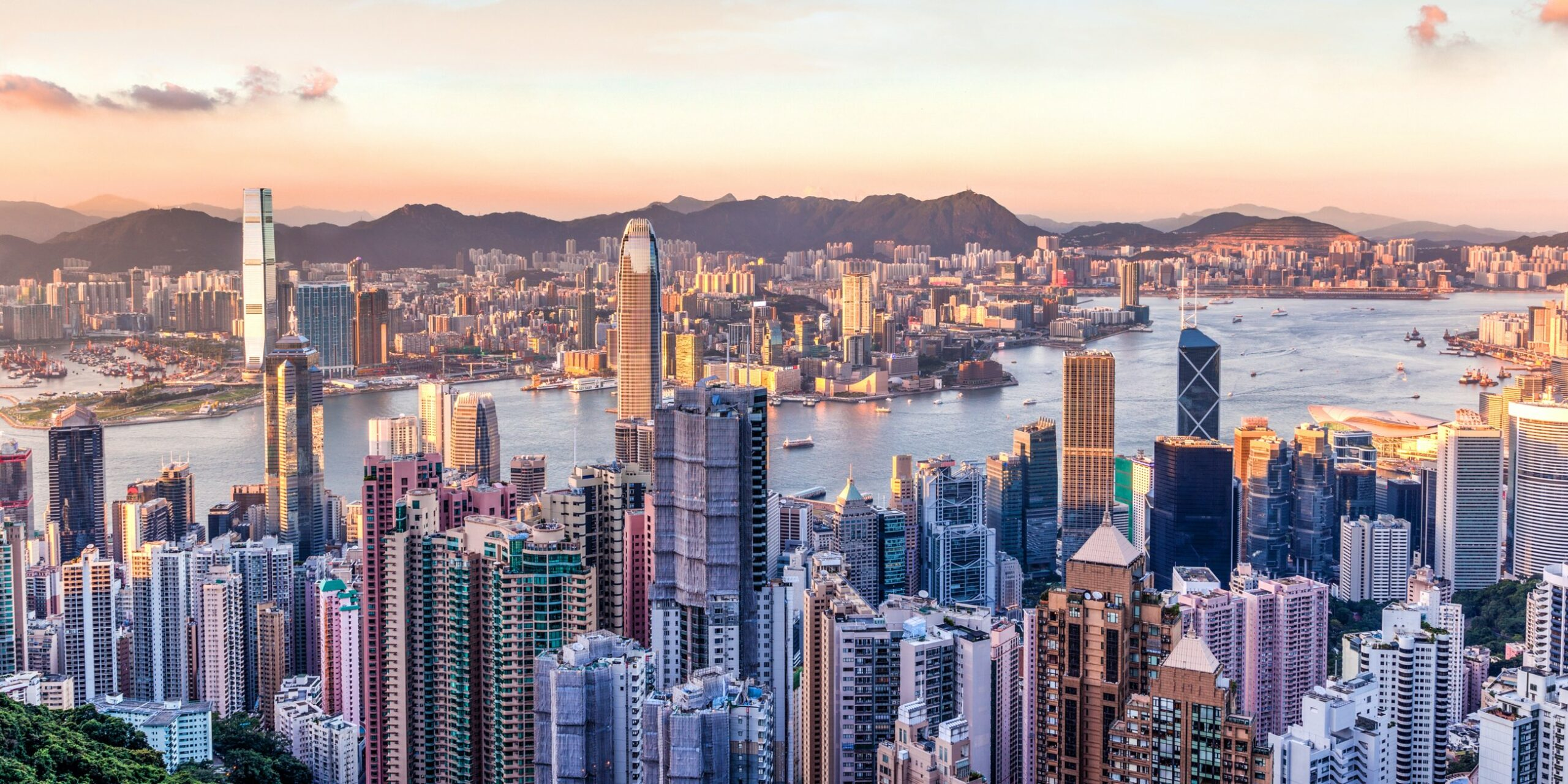 Enter-the-Dragon-Hong-Kong-the-best-bits