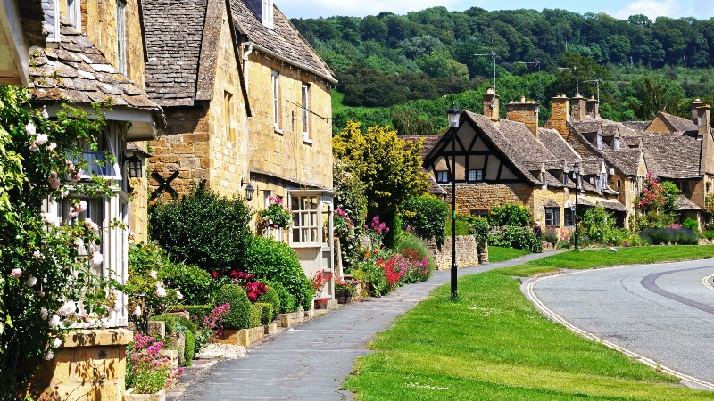 The Cotswolds - scene of a street in Broadway