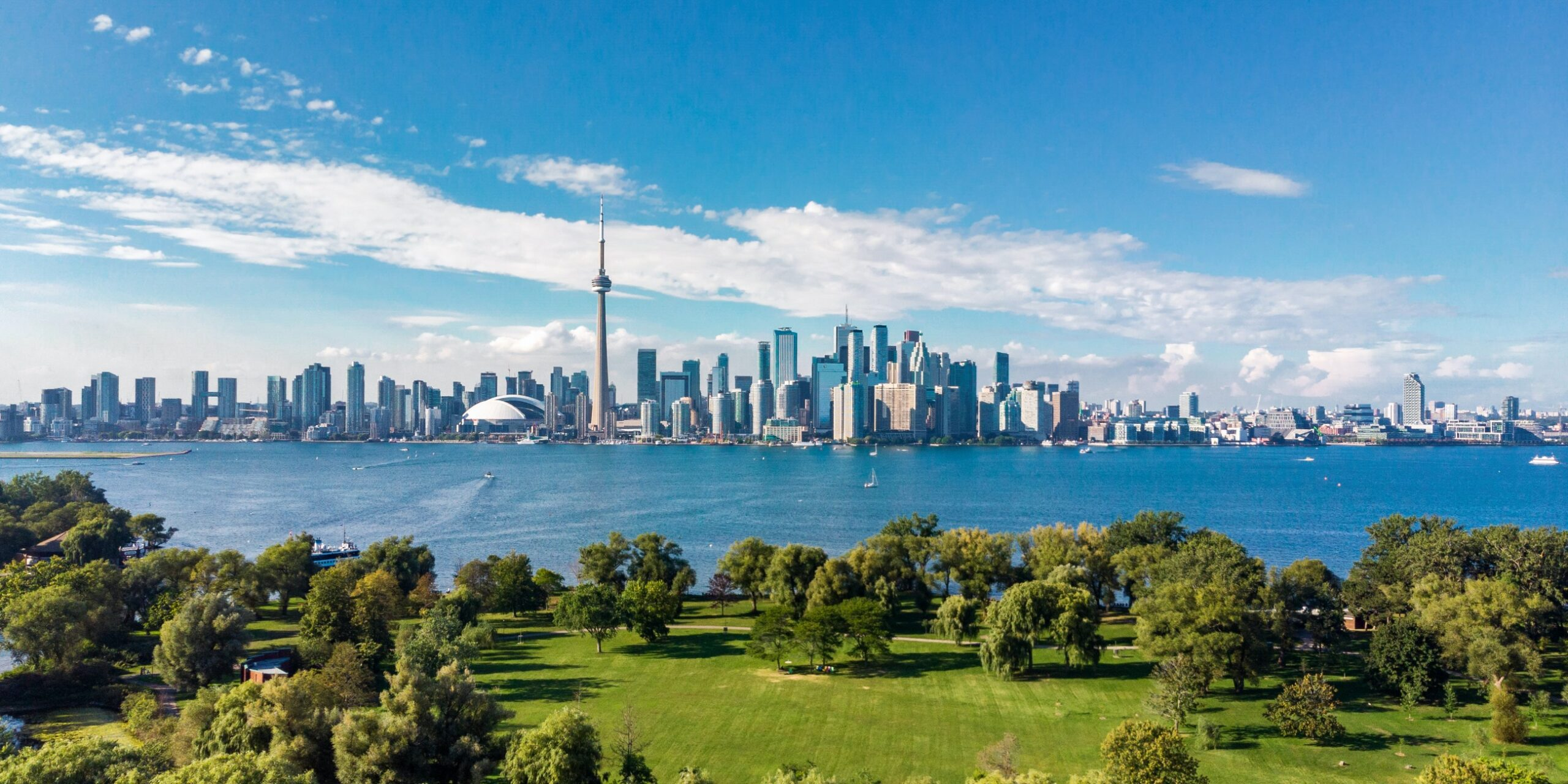 Exploring-the-Cosmopolitan-Toronto-Best-Things-to-Do