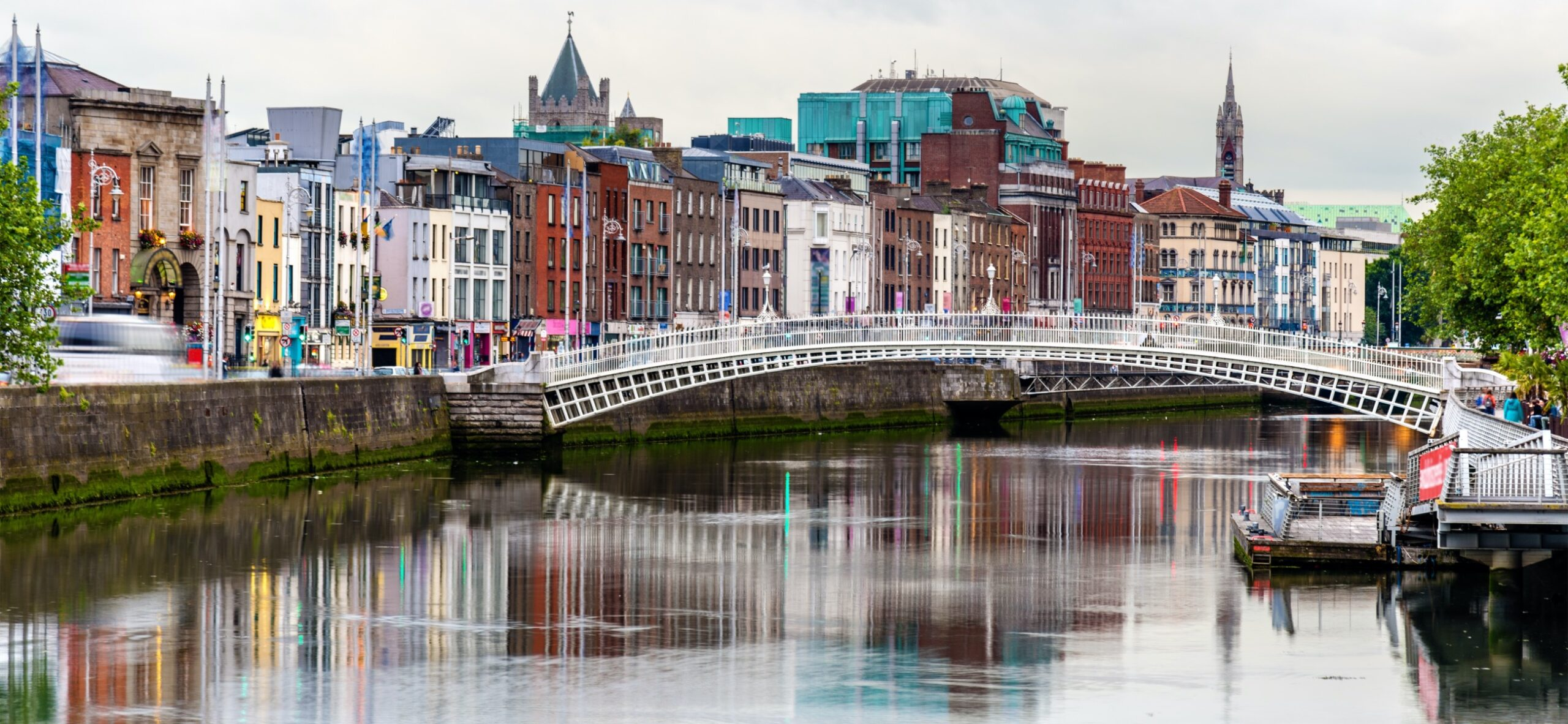 Raise-a-glass-to-Dublin-The-City-that-knows-how-to-Party