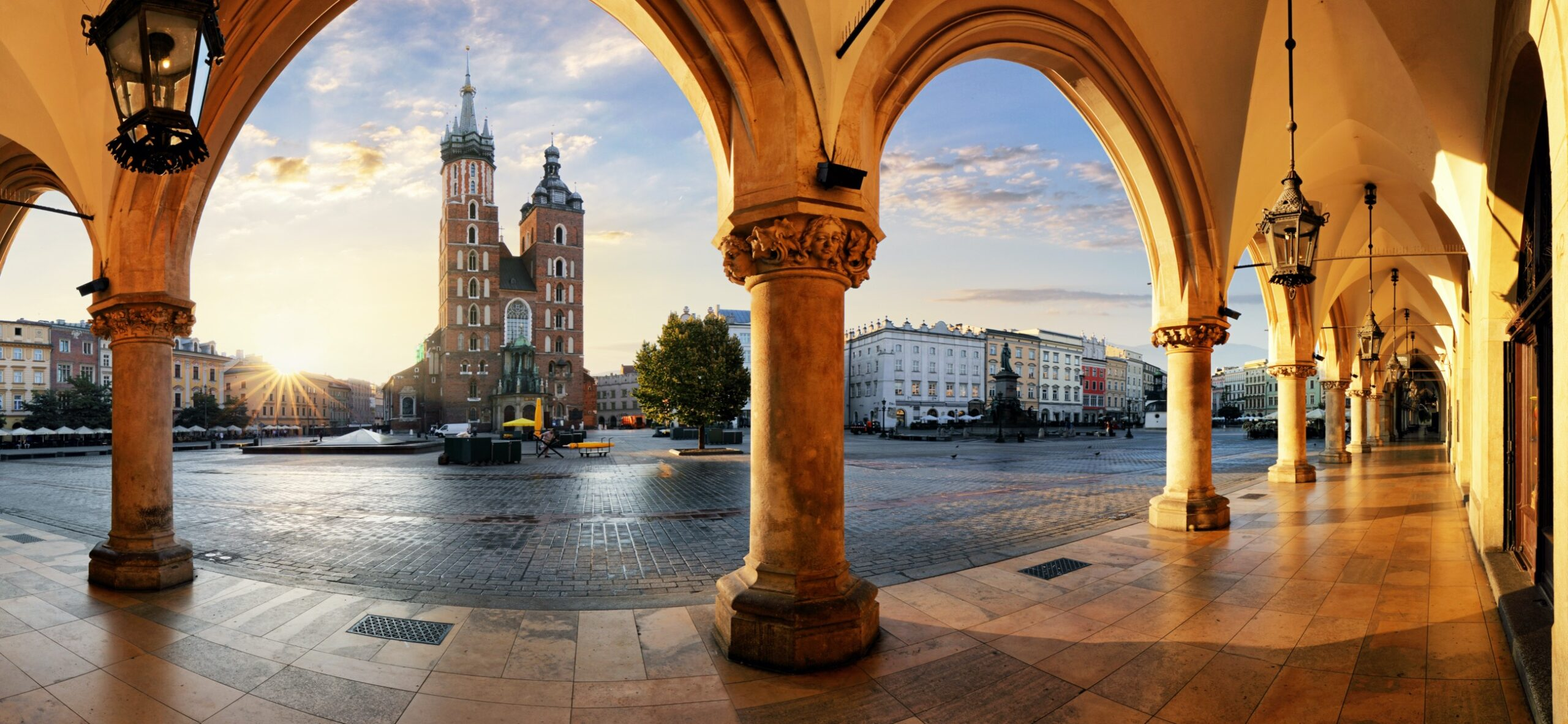 Krakow–The-Historic-City-That-Prides-itself-on-Modern-Culture